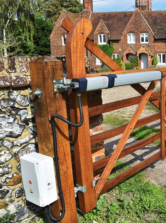 automated-gates-in-lewisham